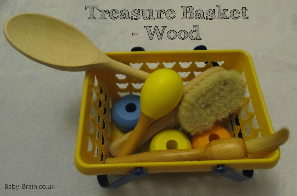 treasure baskets & heuristic play: how, why, what. Wooden.  baby-brain.co.uk