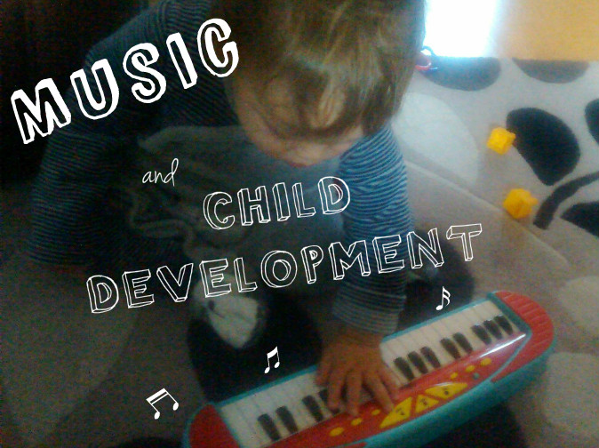 Music and child development. A clinical psychologist discusses: How does music benefit babies, infants and children? What is the psychological research. Baby-brain.co.uk