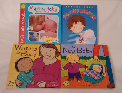 Tips on how to prepare toddler for a new baby sibling - Useful books we read - a psychologist's perspective. baby-brain.co.uk