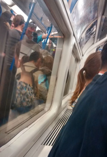 "Braving the tube: Mum's 1st ""day"" back at work after maternity leave - what it was like, how I felt, what happened!"